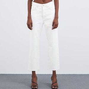 ZARA High Rise Straight Leg Jean White Size 6 NWT